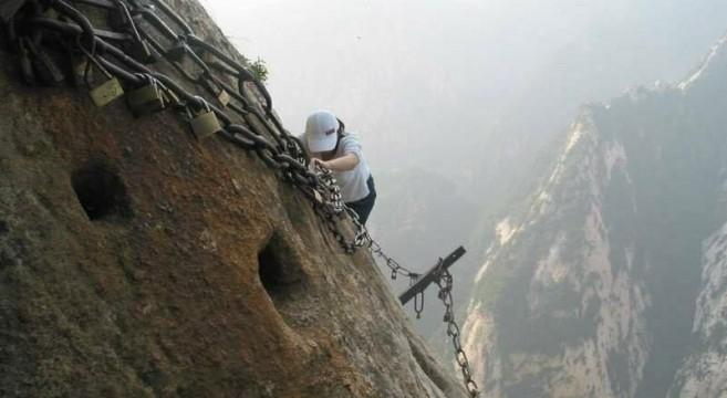caminho mais perigoso do mundo na China