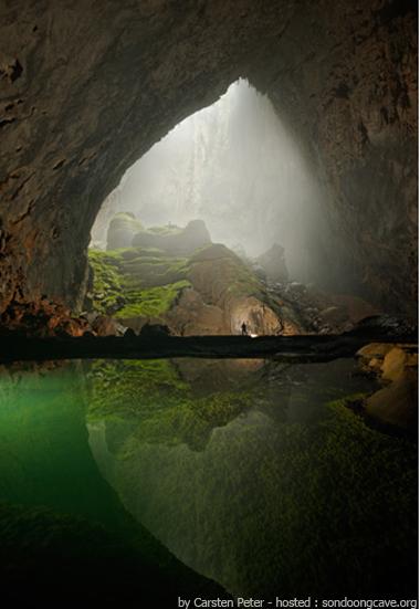 lagoas dentro da maior gruta do mundo