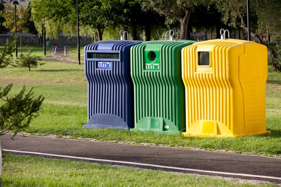 Dúvidas em relação à separação do lixo para fazer reciclagem.