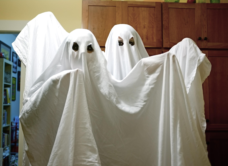 fantasma-máscara-carnaval-lençol
