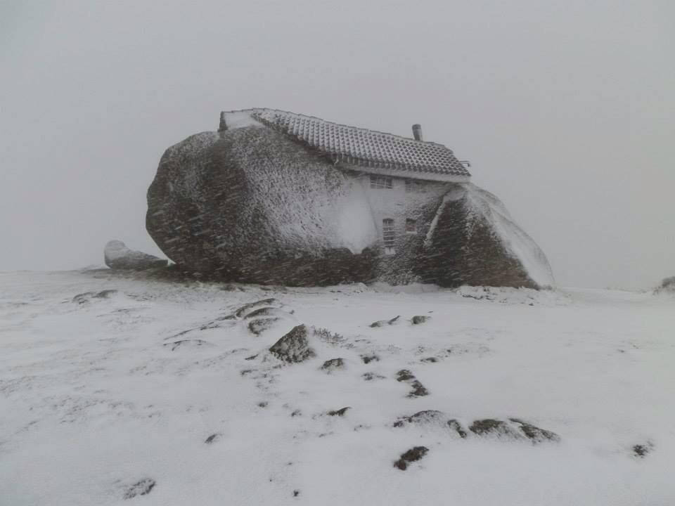 casa do penedo fafe neve