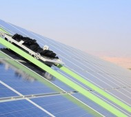 robot robô limpeza painéis solares
