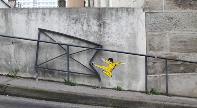 creative-interactive-street-art-bruce lee