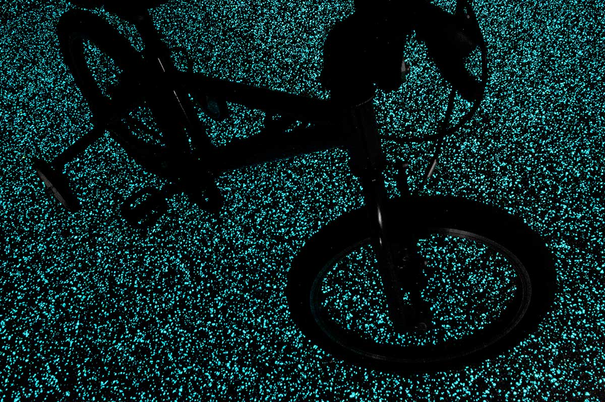 bike starpath brilhante pavimento brilha no escuro