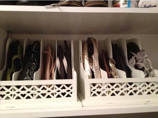 organiza sapatos chinelos com organizadores de cartas