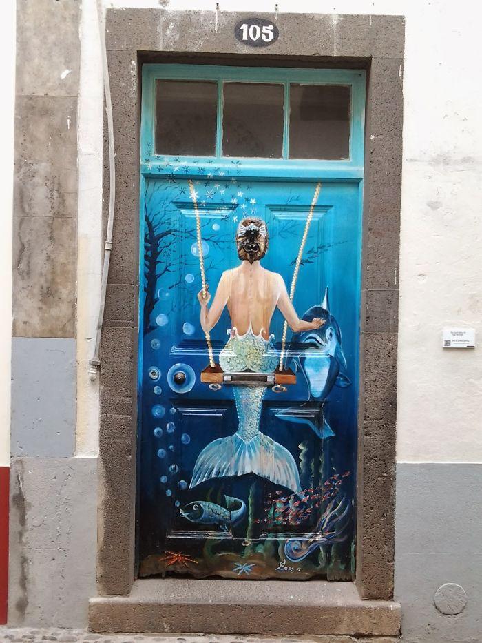 portas sereia pintura madeira