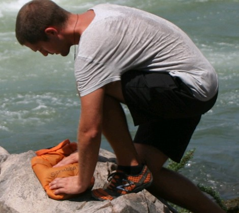 Scrubba lavar roupa ar livre
