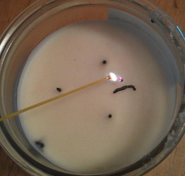 acender velas com esparguete