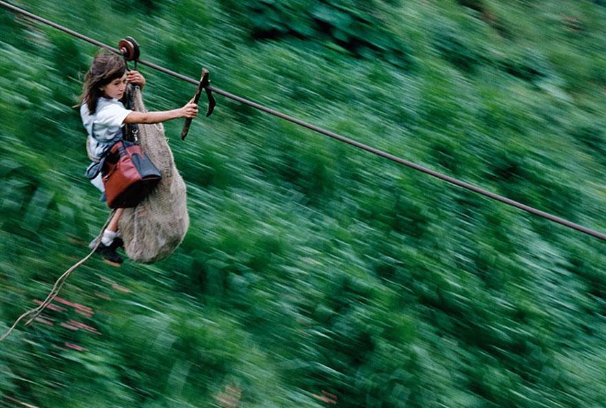 crianças aulas caminhos perigosos slide colombia