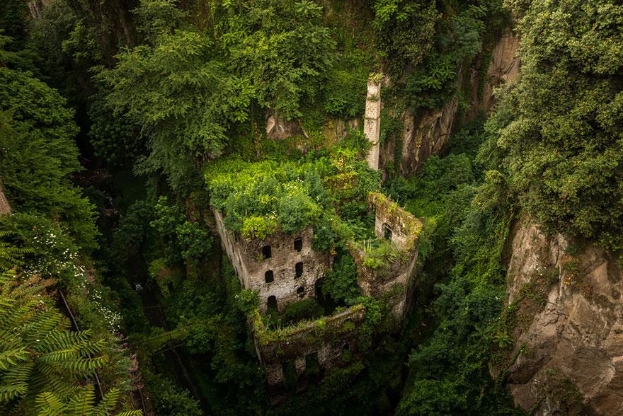 moinho abandonado itália