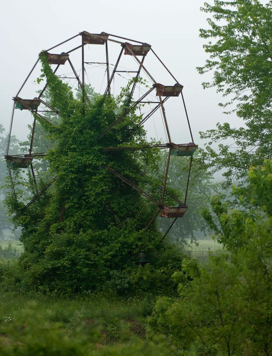 roda gigante abandonada