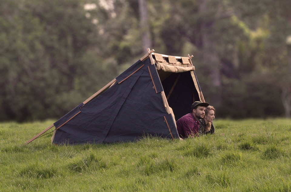 tenda Under-Cover-Camper-by-Nikolai-Sorensen