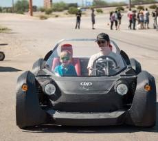 Carro imprimido em 3D local motors