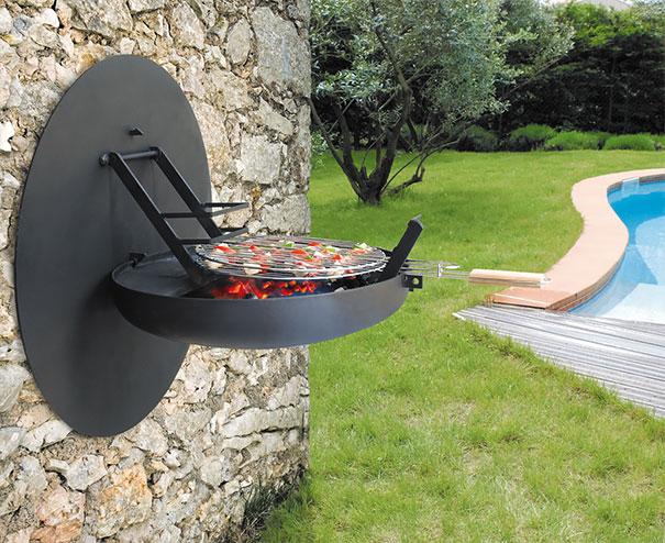 barbecue grelhador que se arruma na parede