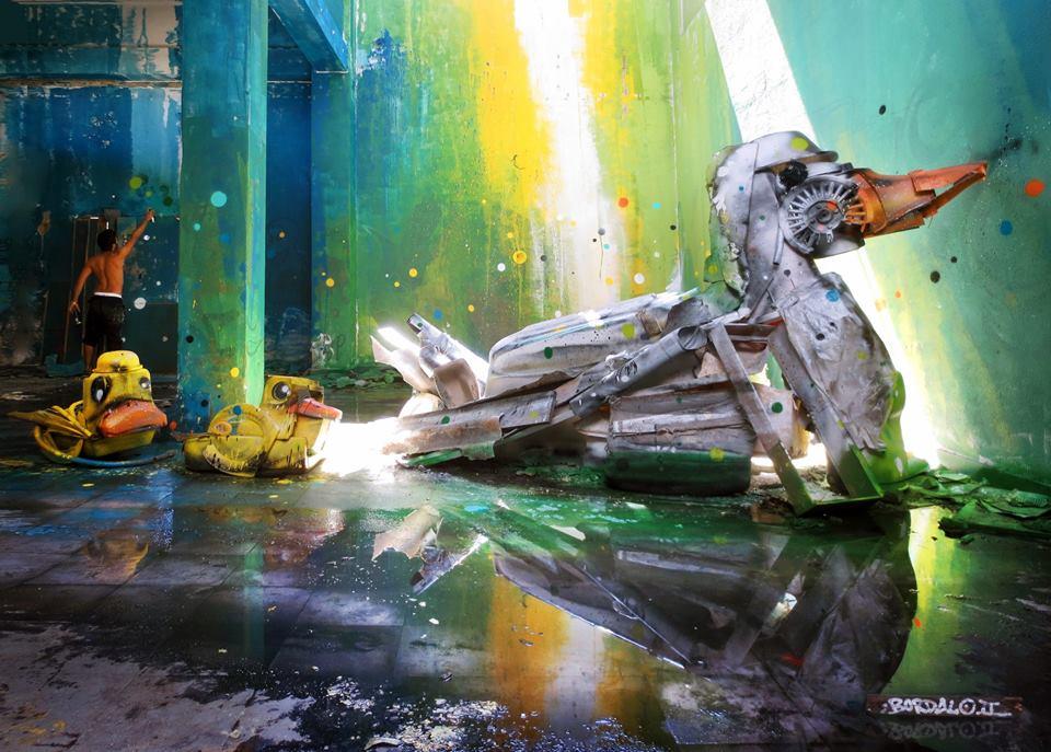 bordalo II - street art: patos arte com lixo