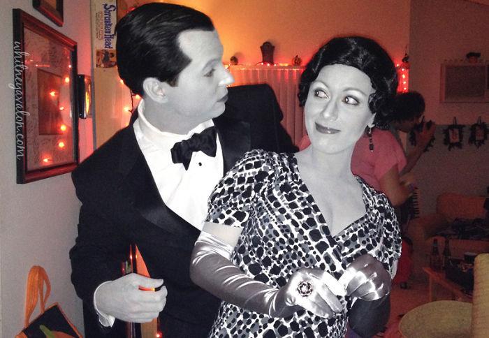 disfarces de halloween-casal-criativos-filme a preto e branco