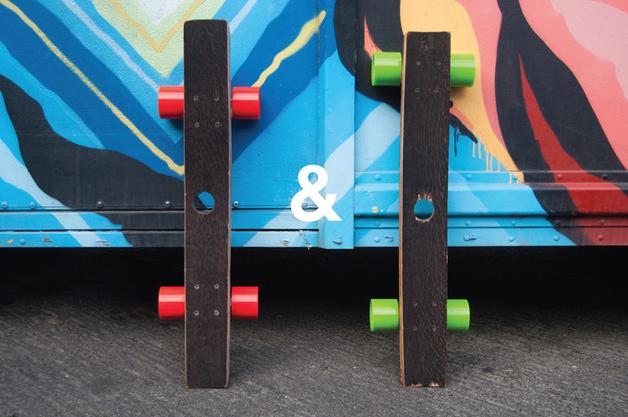 hepcat skates feitos com barril de whiskey