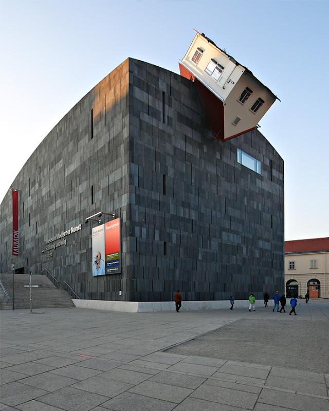 Museu de Arte Moderna – House Attack (Viena, Áustria)