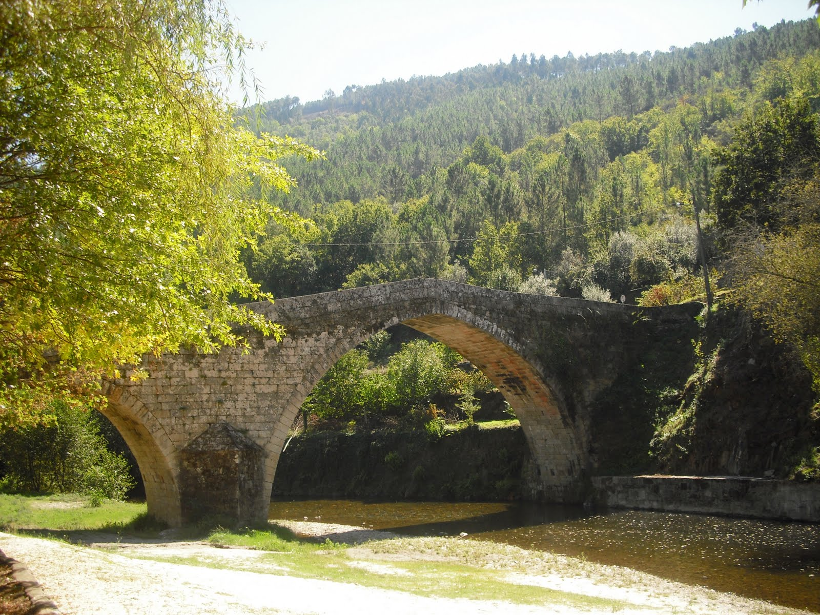 Ponte de Alvoco das Várzeas