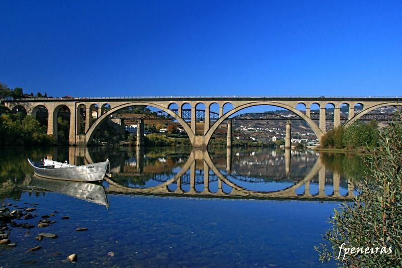 ponte régua rio douro