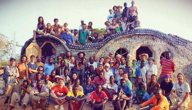 malawi earthship casas sustentáveis