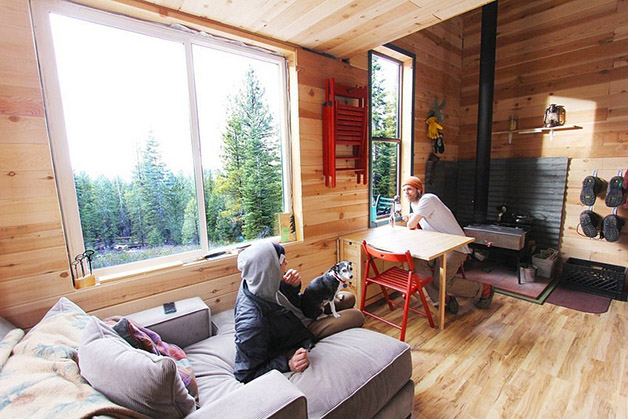 casa interior california materiais reutilizados