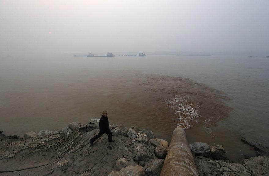 china poluição descarga yangtze rio