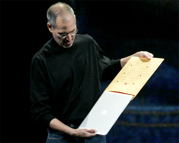 macbook-air-envelope-steve jobs