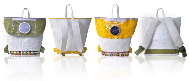 mochila-reciclada-placa-solar-leva-luz-criancas-africa-sul