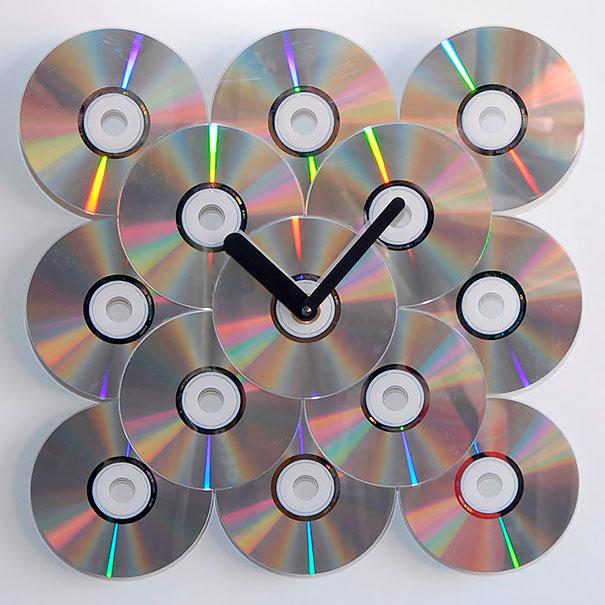 relogio com cd dvd usado