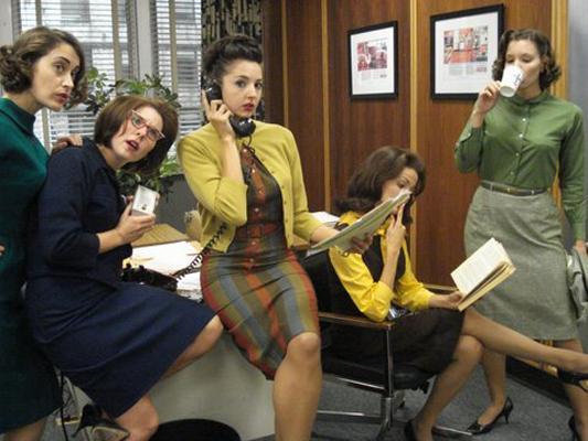 secretárias ao telefone