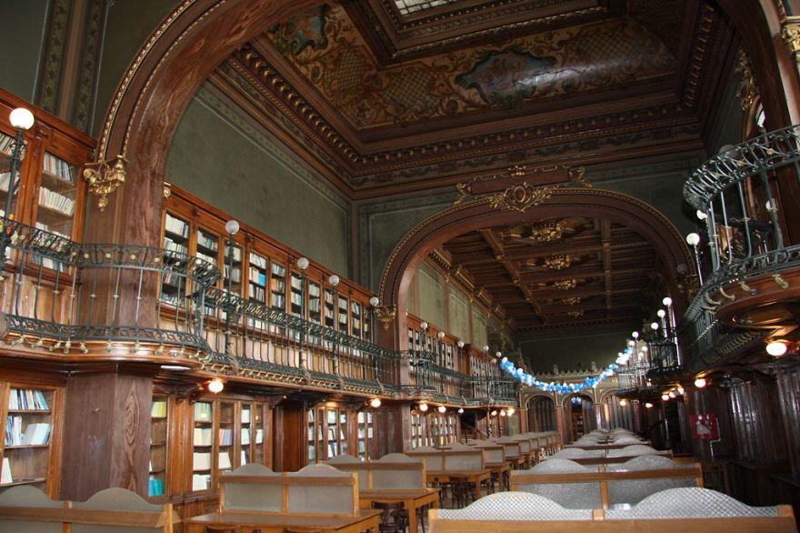 technical unisersity biblioteca roménia