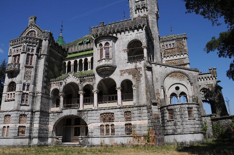 Castelo da Dona Chica – Braga locais abandonados em portugal