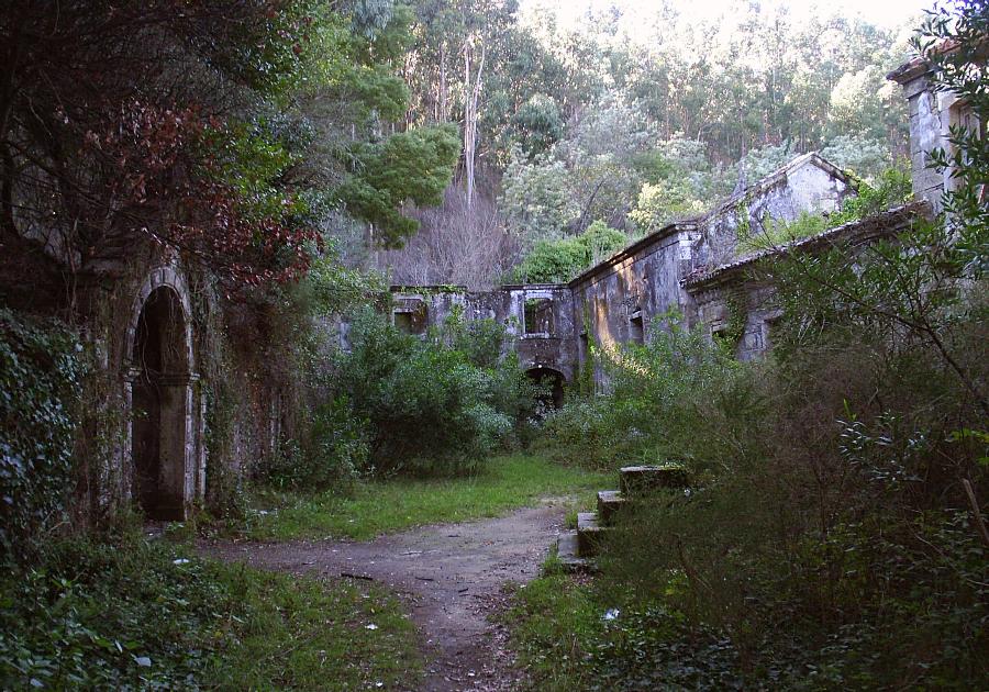 Convento de S. Francisco do Monte Viana do Castelo locais abandonados em portugal