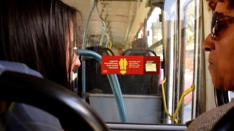 alimentando amizades promoção de interação entre pessoas nos transportes públicos