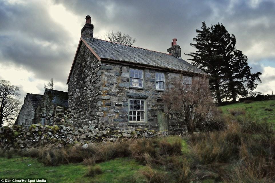 Casa Abandonada 233 Descoberta Congelada No Temponoctula