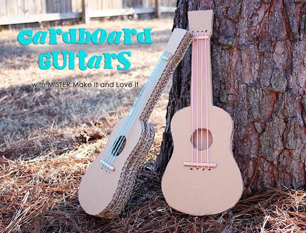 guitarra viola de cartão usado