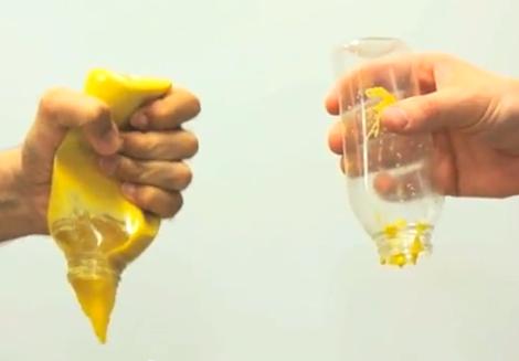 Todos os anos ficam agarrados aos recipientes muitas toneladas de alimentos e milhões de dólares são desperdiçados. Para resolver este problema, o estudante David Smith desenvolveu o LiquiGlide, um revestimento que faz deslizar todo o líquido presente numa embalagem.