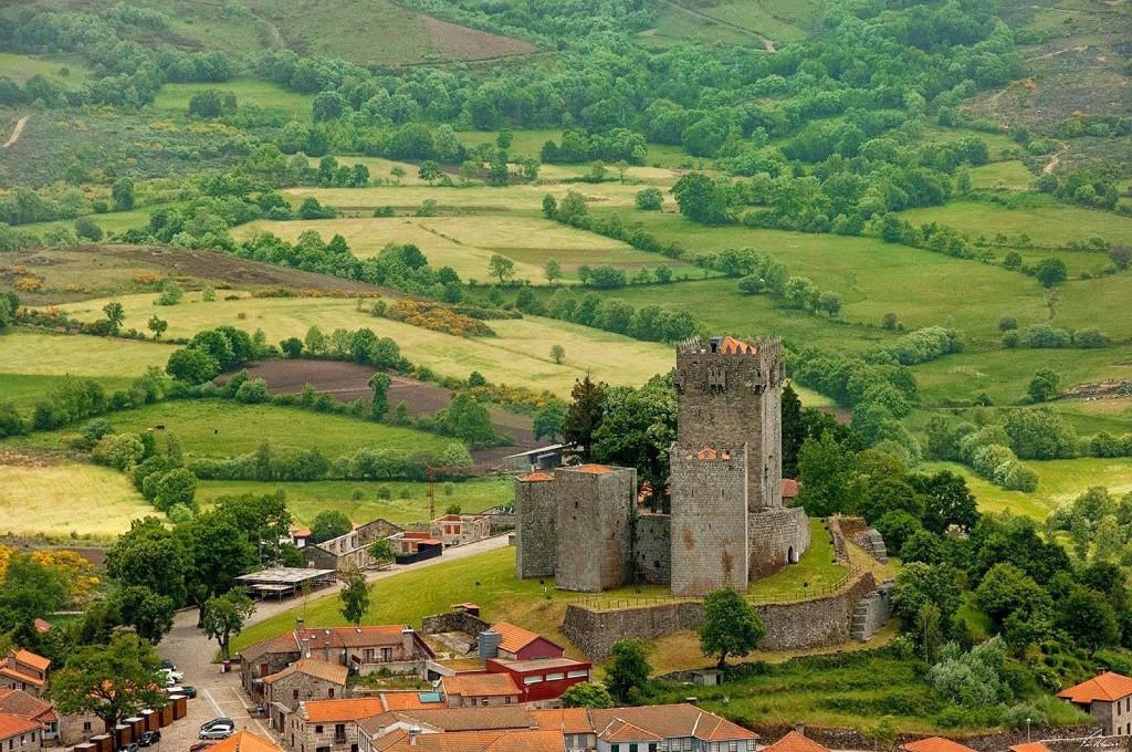 castelos portugal montalegre