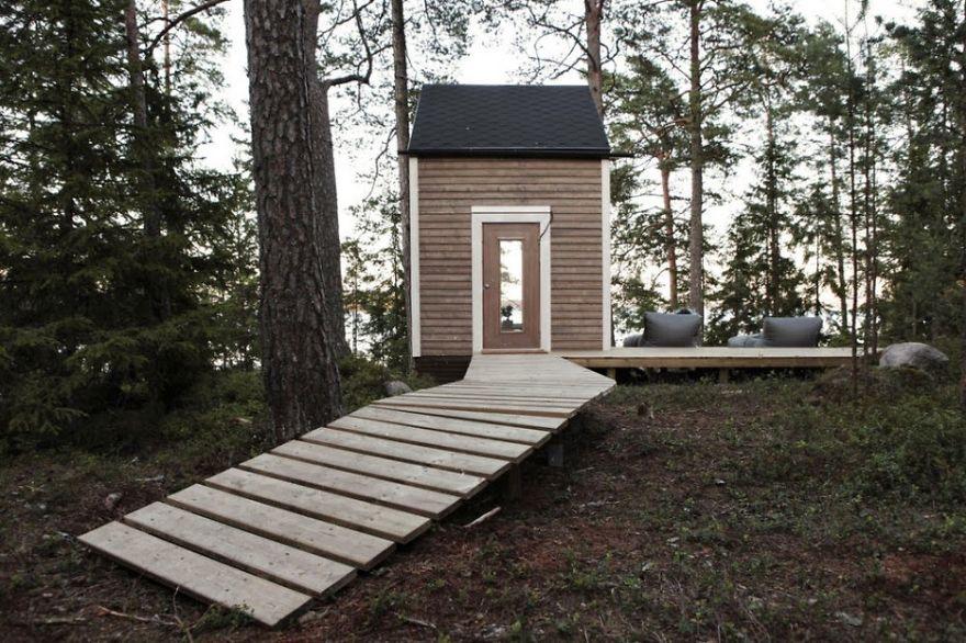 pequena casa na floresta