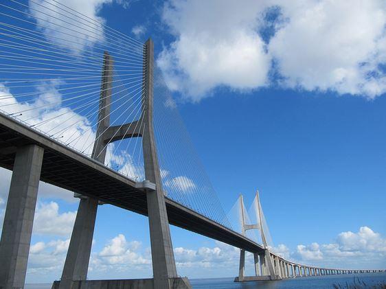 ponte mais longa vasco da gama lisboa