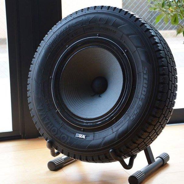 coluna som pneu usado
