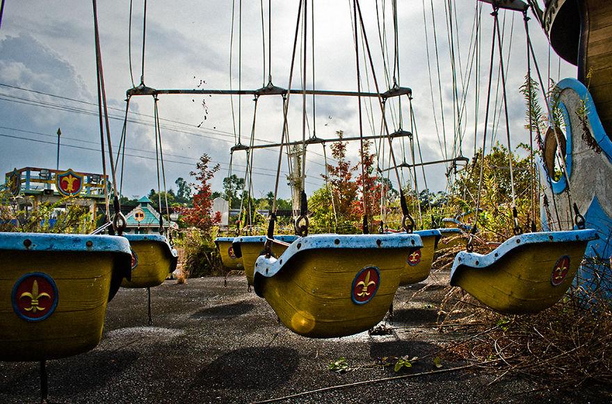 parque de diversões abandonado nara