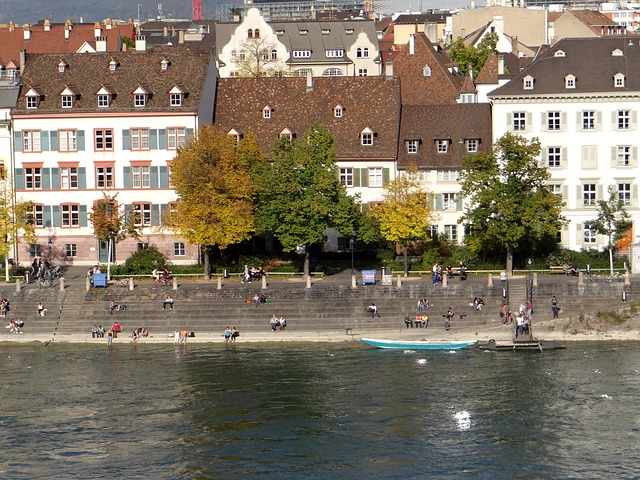 rio reno suiça reabilitação despoluir os rios