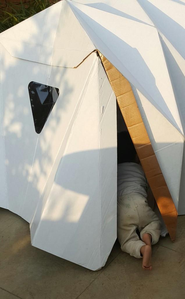 tenda abrigo de cartão