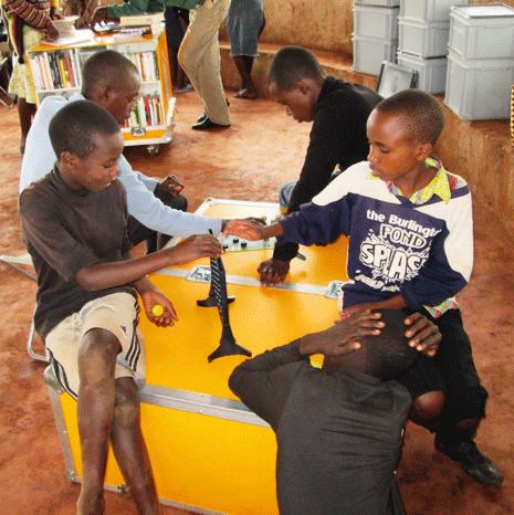 Ideas-Box jogar Bibliotecas Sem Fronteiras