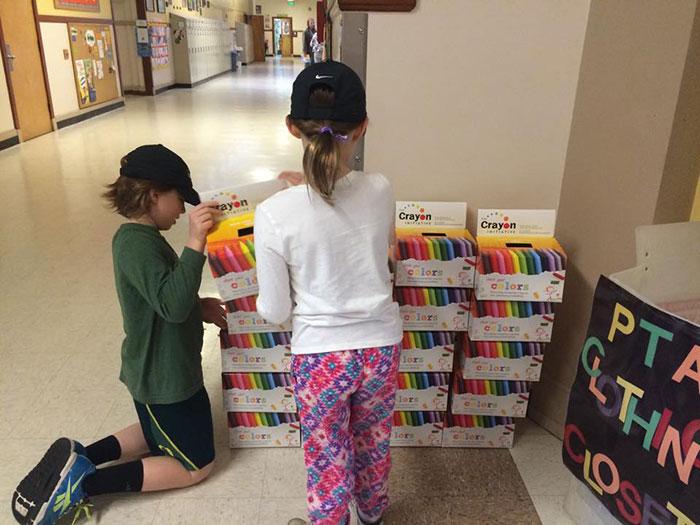reciclar lápis de cera crayon-initiative-bryan-ware