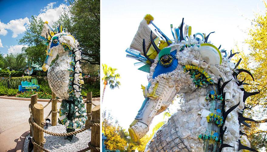 cavalo marinho escultura resíduos plástico