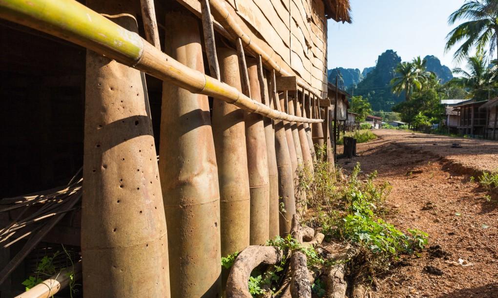 fundações casa guerra laos