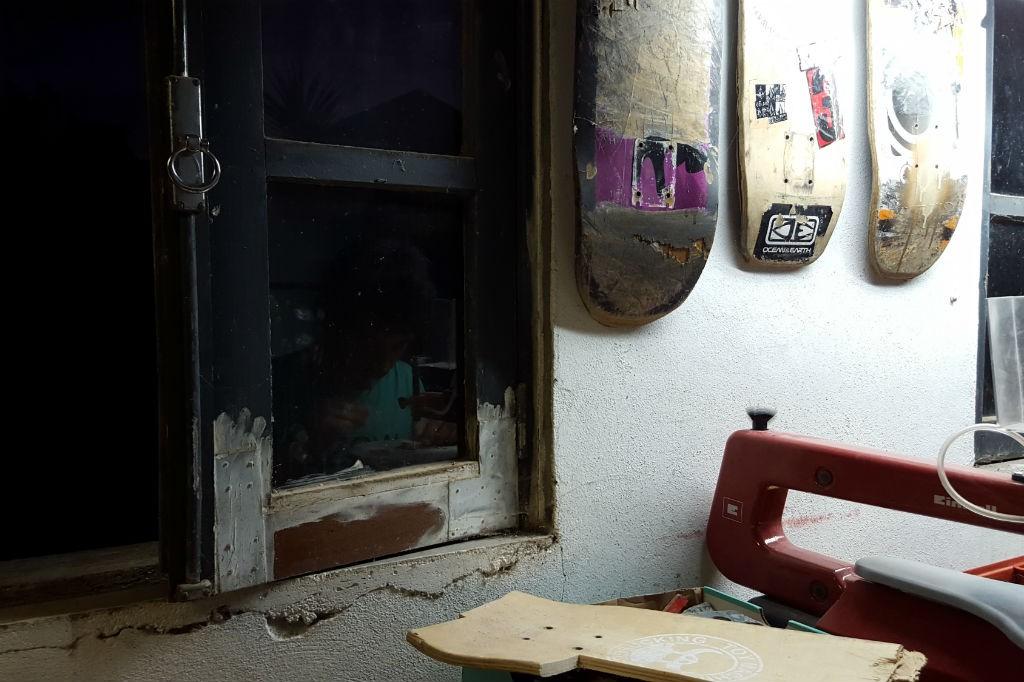 tábuas de skate floresta oficina